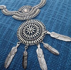 Jewelry - White Howlite Dreamcatcher Necklace 3/$30 Sale !